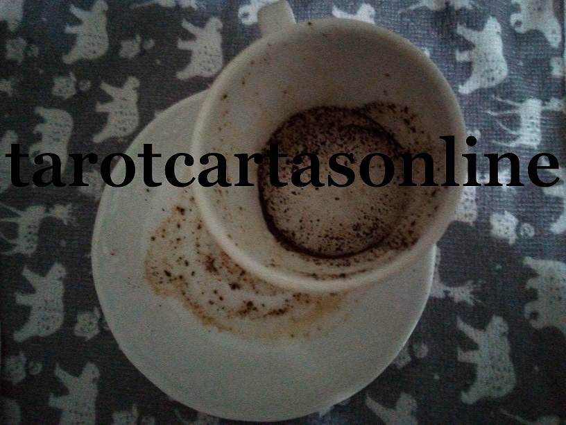 tarot-cafeomancia-cafe